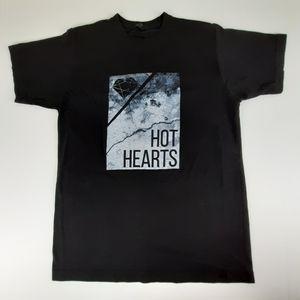 Hot Hearts Band Size Medium Black Graphic T Shirt
